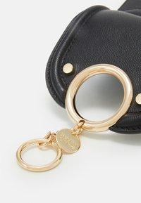 See by Chloé - Mara mini shoulder bag - Torba na ramię - black - 4