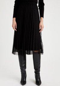 DeFacto - A-line skirt - black - 0