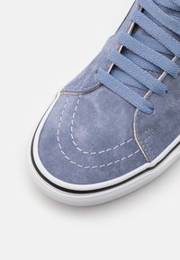 Vans - SK8-HI UNISEX - High-top trainers - tempest blue/true white - 5