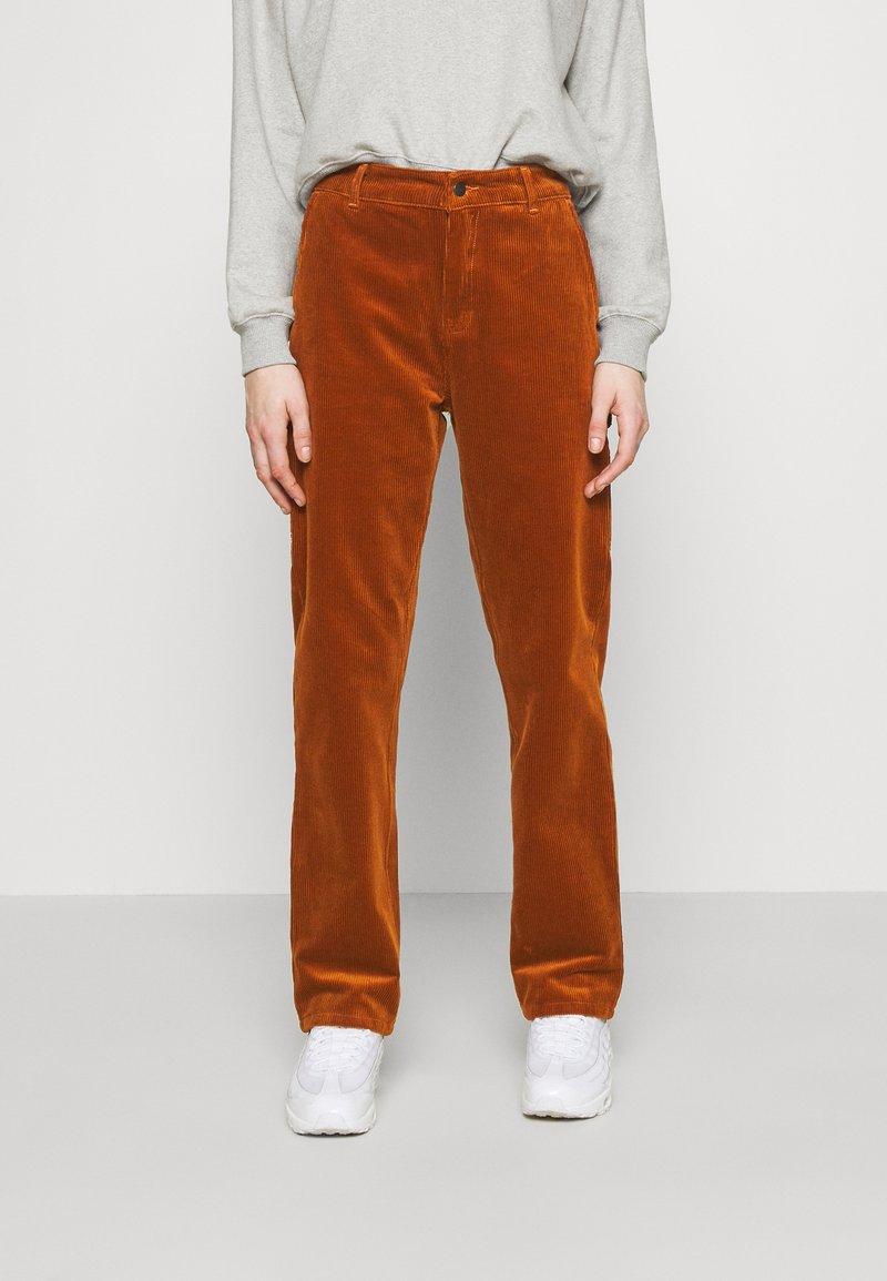 Carhartt WIP - PIERCE PANT - Pantalon classique - brandy