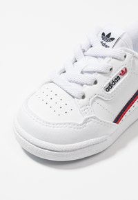 adidas Originals - CONTINENTAL 80 - Baby shoes - footwear white/scarlet/collegiate navy - 2