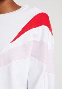 Levi's® - FLORENCE CREW - Sweatshirt - white - 5