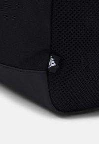 adidas Performance - LINEAR DUFFEL UNISEX - Torba sportowa - black/white - 5