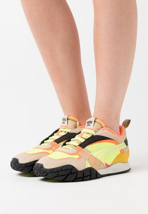 KYRON BONFIRES  - Trainers - fizzy yellow/pale khaki