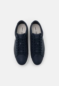 Levi's® - WOODWARD L 2.0 - Trainers - navy blue - 3