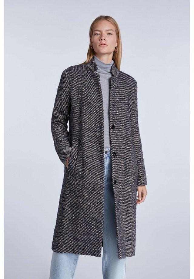 Classic coat - dk blue camel