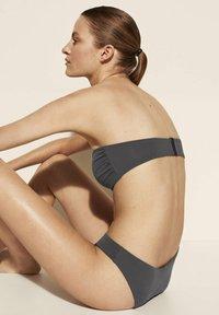 Massimo Dutti - Bikini top - dark blue - 2