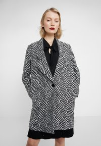 Steffen Schraut - SUMMER JACQUARD COAT - Short coat - black/white - 0