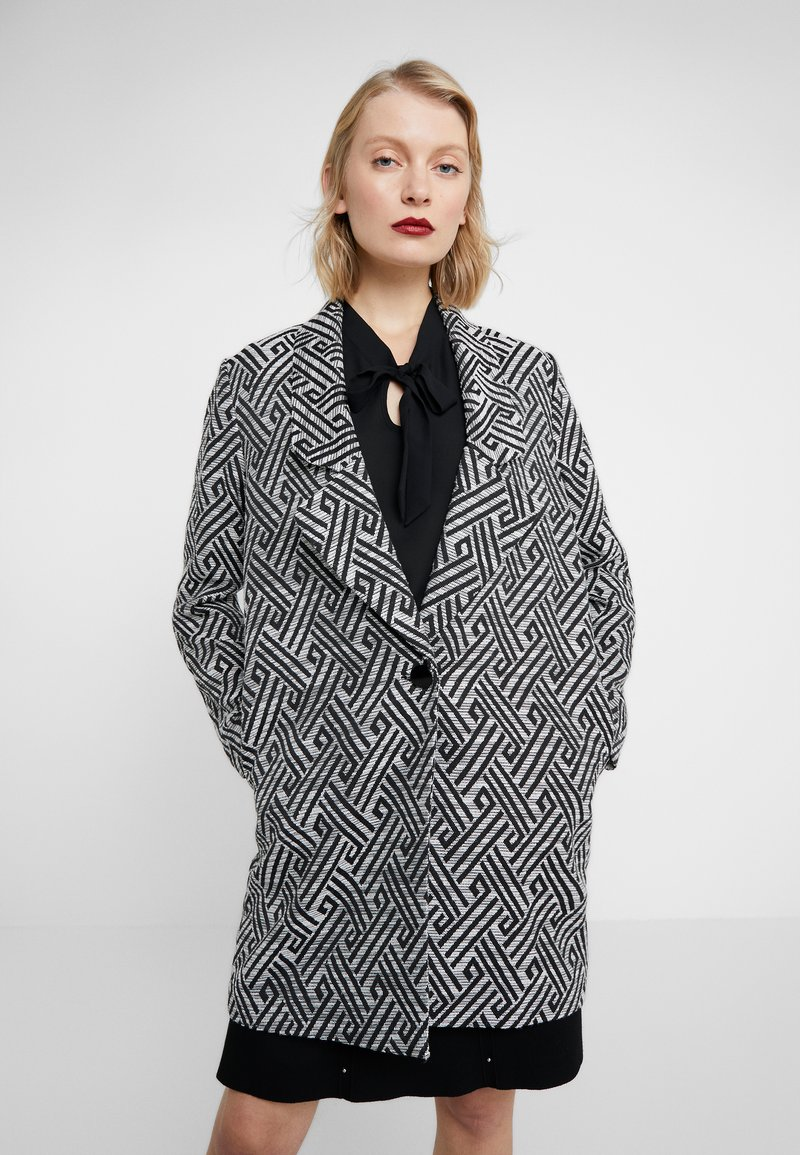 Steffen Schraut - SUMMER JACQUARD COAT - Short coat - black/white