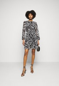 Milly - ELMA GRAPIC BUTTTERFLY DRESS - Day dress - black/white - 1