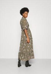 Vero Moda - VMTALLIE FLOUNCE  - Maxi dress - bungee cord - 2