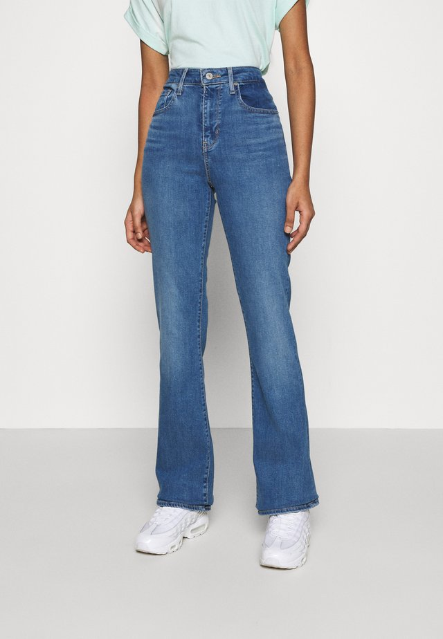 725 HIGH RISE BOOTCUT - Jeansy Bootcut - rio rave
