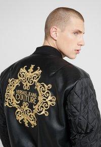 Versace Jeans Couture - GIUBBETTI UOMO - Bomberjacke - nero - 4