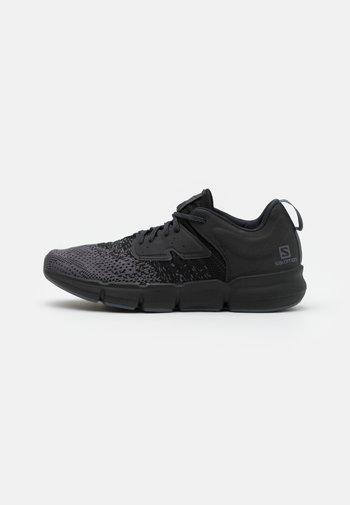 PREDICT SOC - Neutral running shoes - ebony/black