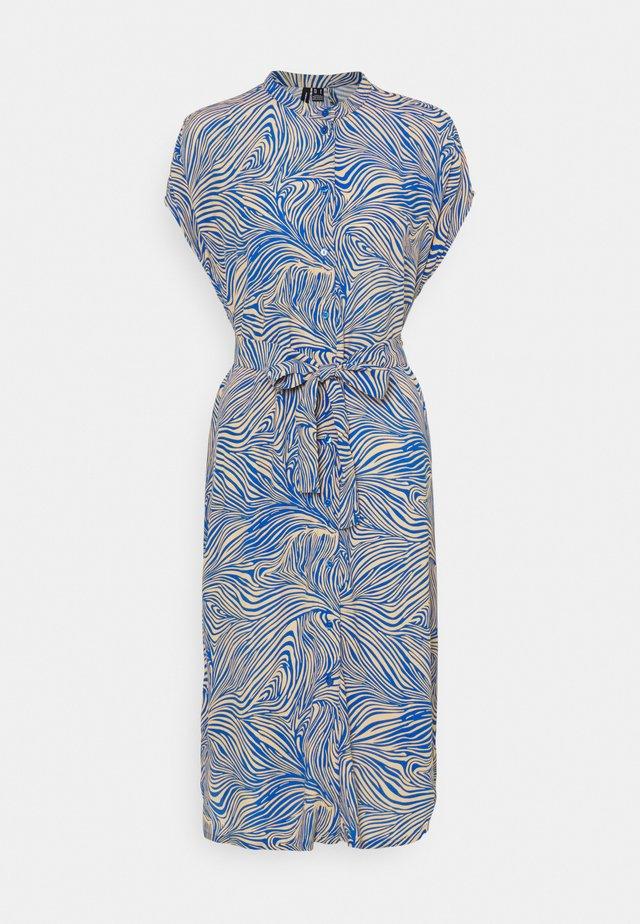 VMGEA CAP CALF DRESS  - Skjortklänning - dazzling blue