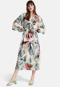 Taifun - Jersey dress - offwhite gemustert - 1
