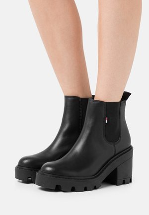 ESSENTIAL MID - High heeled ankle boots - black