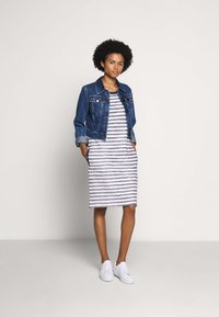 Barbour - NEWHAVEN DRESS - Sukienka letnia - chambray - 1