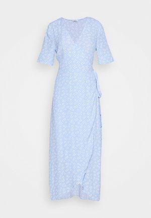 ENBRYONY DRESS - Maxi-jurk - burnet rose