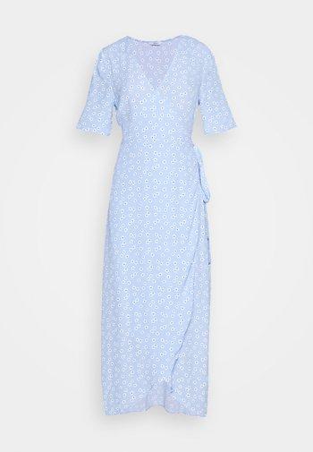 ENBRYONY DRESS - Vestito lungo - burnet rose