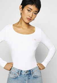Armani Exchange - Long sleeved top - off white - 3