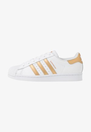 SUPERSTAR - Sneakers laag - footwear wihte/copper metallic/core black