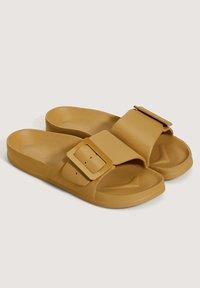 OYSHO - Slippers - mustard yellow - 1