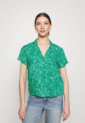 JDYSTARR LIFE SHIRT - Button-down blouse - greenlake/cloud dancer