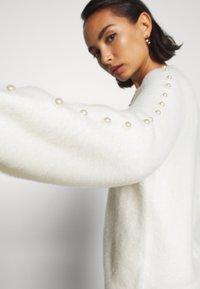 Fashion Union Petite - PEARLY - Jumper - cream - 3