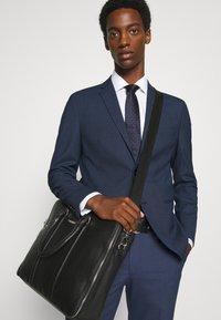 Selected Homme - SLHSLIM MAZELOGAN  - Costume - dark blue - 6