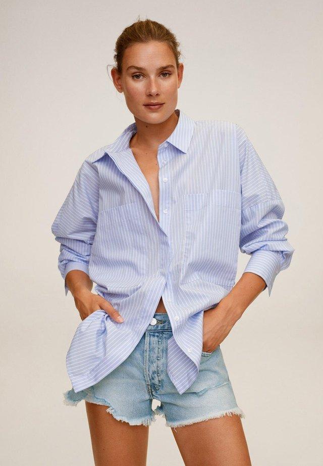 HAILEY - Short en jean - ljusblå