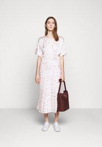 Bruuns Bazaar - MOVE ROSANA DRESS - Denní šaty - white - 1