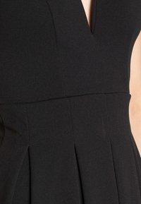 WAL G. - V NECK SKATER - Vestito di maglina - black - 5