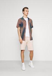 Pier One - 2 PACK - Shorts - pink/light blue - 0