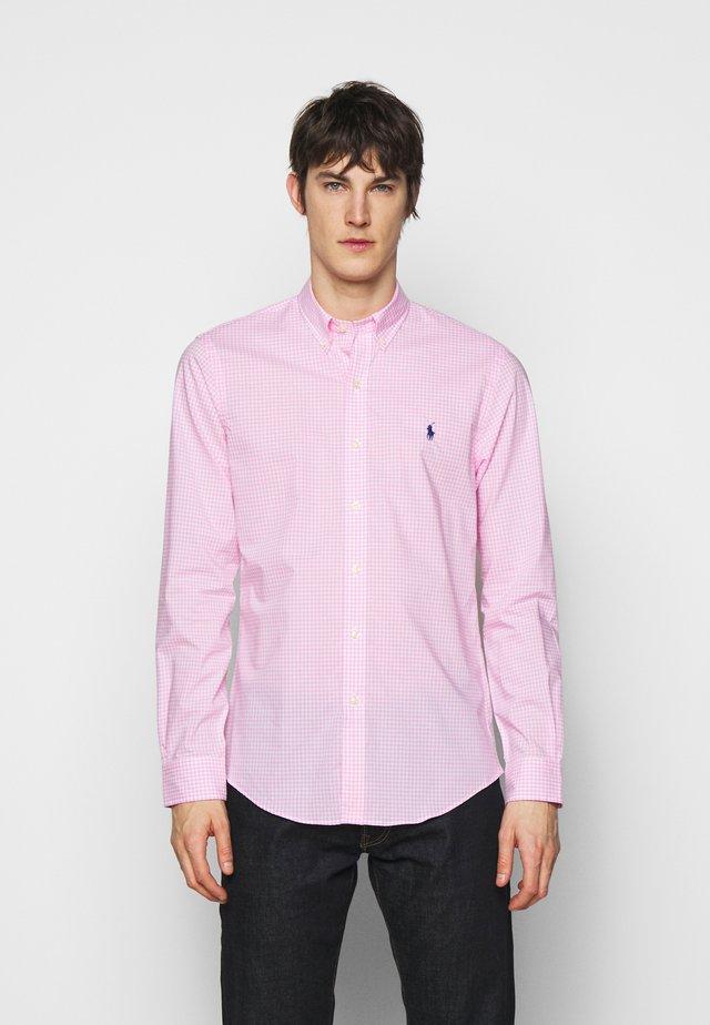 NATURAL - Shirt - pink/white