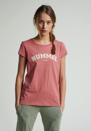 HMLCYRUS - Print T-shirt - brick dust