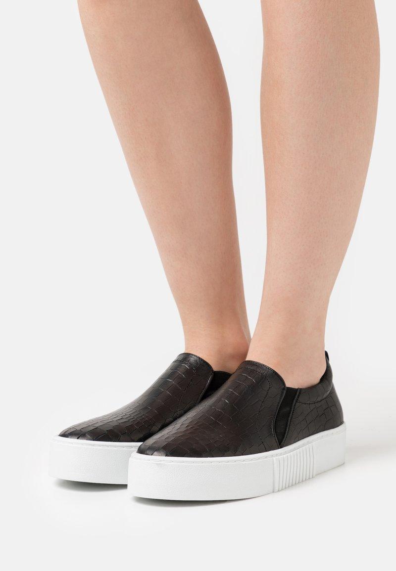 Zign - Sneakers - black