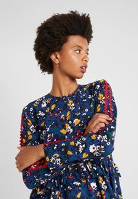 Libertine-Libertine - RECORD - Blouse - navy flower - 3