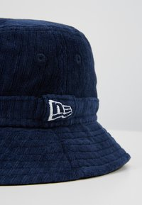 New Era - BUCKET HAT - Hat - navy - 2