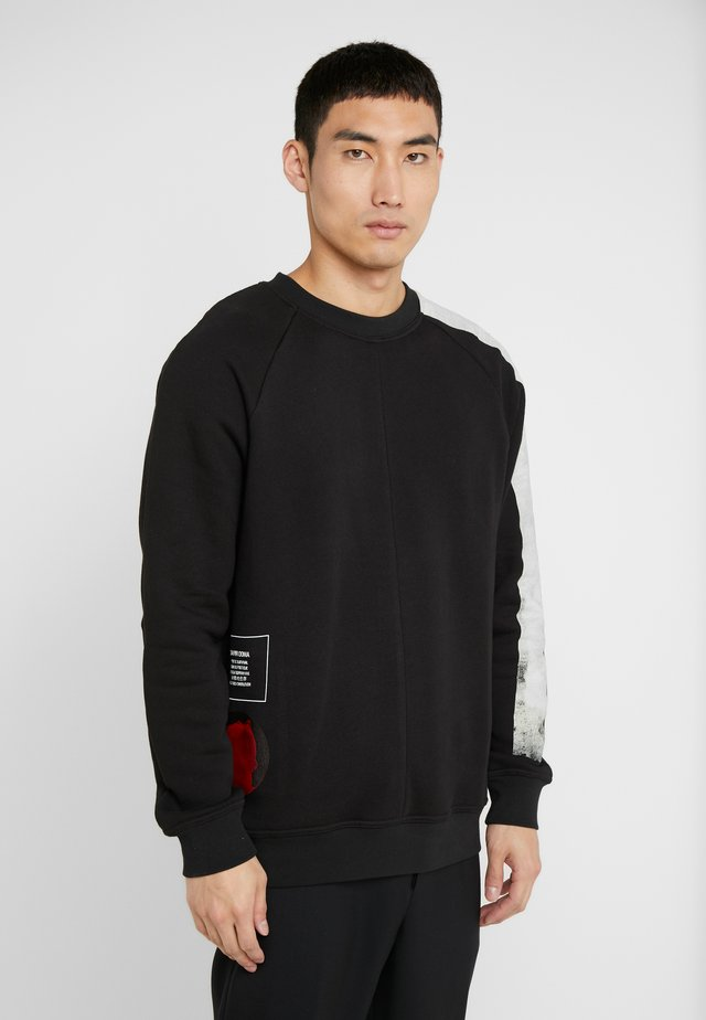 WYCHO - Sweatshirt - black