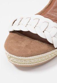 Anna Field - Korolliset sandaalit - white - 2