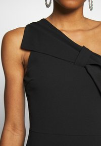 WAL G. - ONE SHOULDER BOW MAXI DRESS - Vestido de fiesta - black