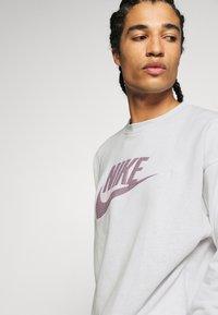Nike Sportswear - Sweatshirt - pure - 4