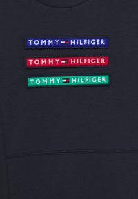 Tommy Hilfiger - MULTI BADGE - Sweater - blue - 2