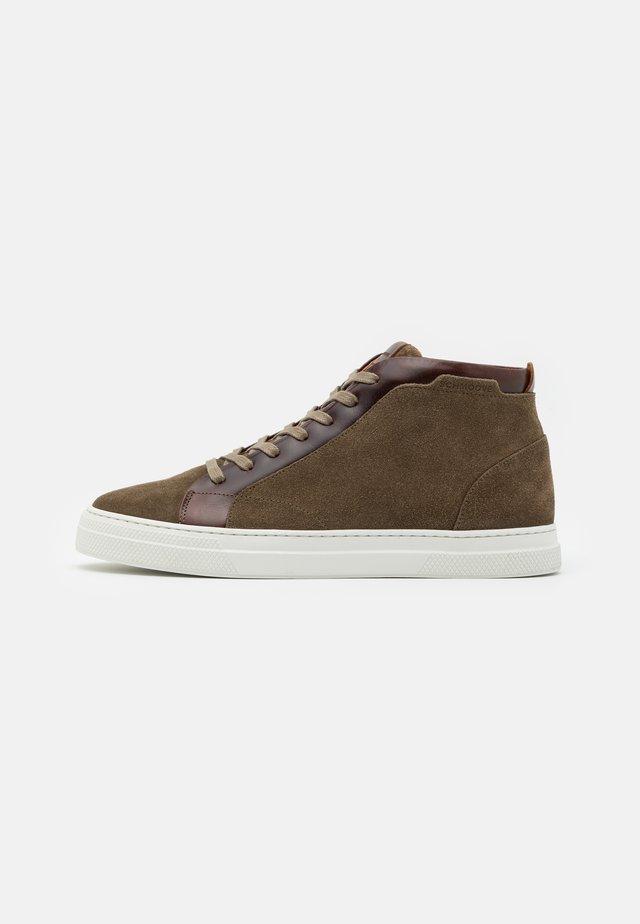 SPARK MID - Sneakers high - kaki