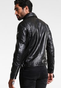 Gipsy - UNISEX MAVRIC  - Leather jacket - schwarz - 2