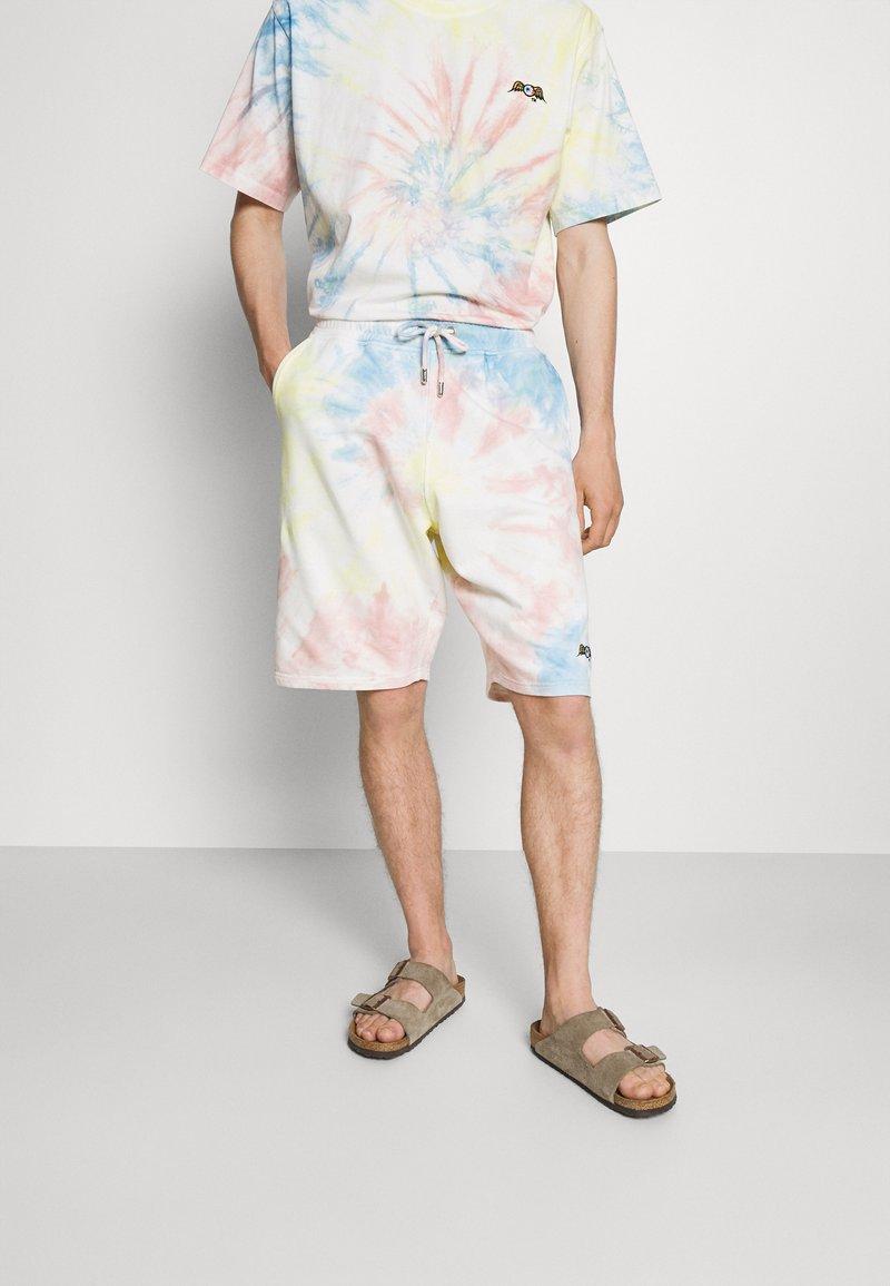 Von Dutch - CHANDLER - Shorts - multi-coloured