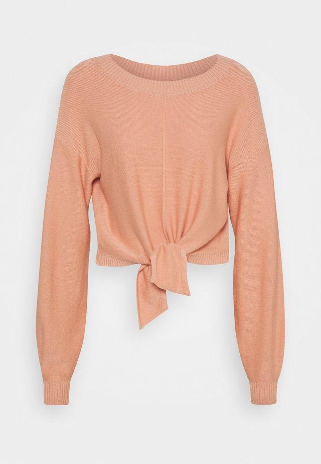 EASY TIE FRONT CREW - Strickpullover - pink