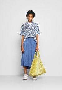 Moss Copenhagen - SENTA SKIRT - A-line skirt - gray blue - 1