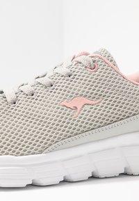KangaROOS - MAER - Sneakers - vapor grey/english rose - 2